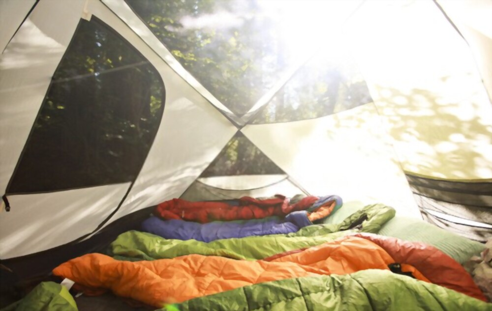 13 Tips to Stay Warm and Sleep Well in a Tent