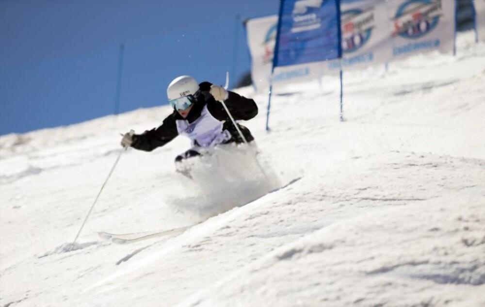 How To Ski Moguls