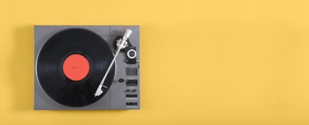 Best Turntables with a built in Preamp