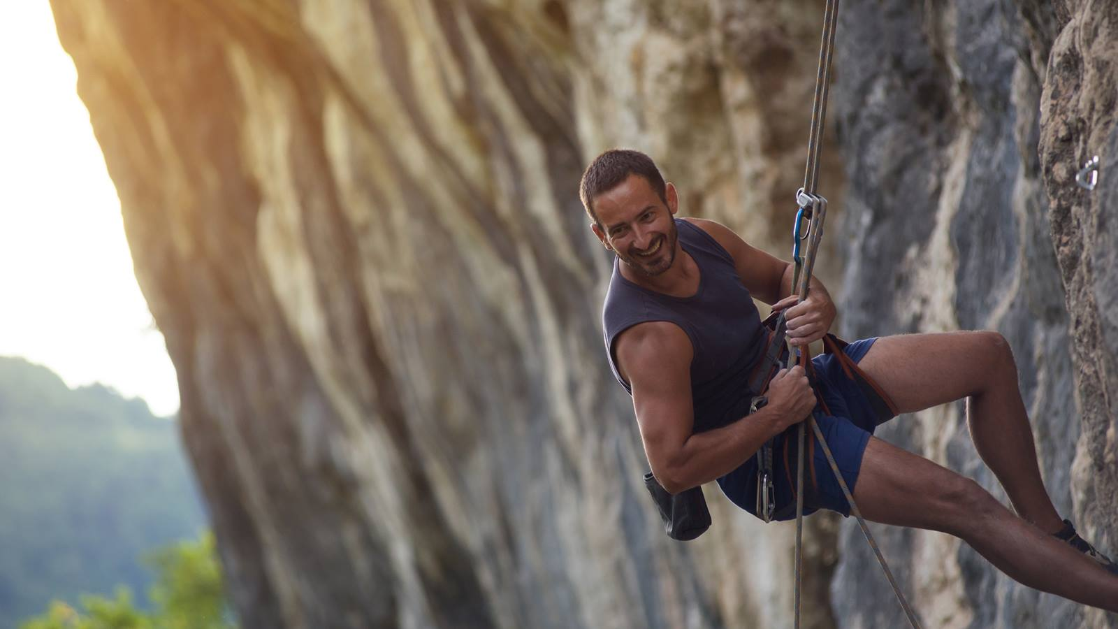 The 7 Commandments to Avoid Climbing Injuries